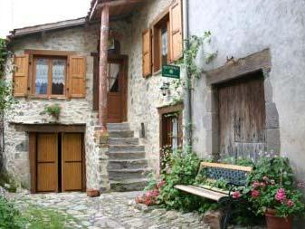 Chez les Bougnats
