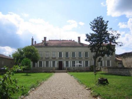 Château Rouge 47